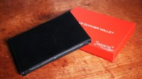 Duvivier Wallet by Dominique Duvivier (Gimmick Not Included)