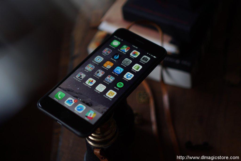 PHONE VANISH by Blake Vogt and Dan White