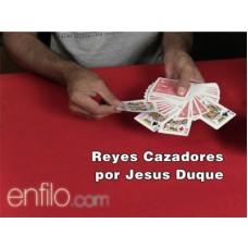 Reyes Cazadores by Jesus Duque